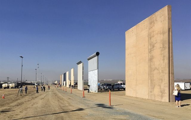 Writing On The Wall Report Suggests Border Project Is Off Track And Over Budget Border California Build A Wall