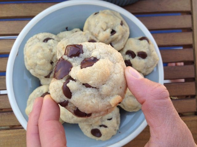 Coconut Chocolate Chip Cookies :: Very Jane Blog   If you are a cookie, coconut and dark chocolate lover, say hello to your new guilty pleasure!