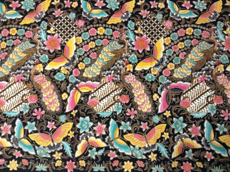 Batik tulis merak kupu