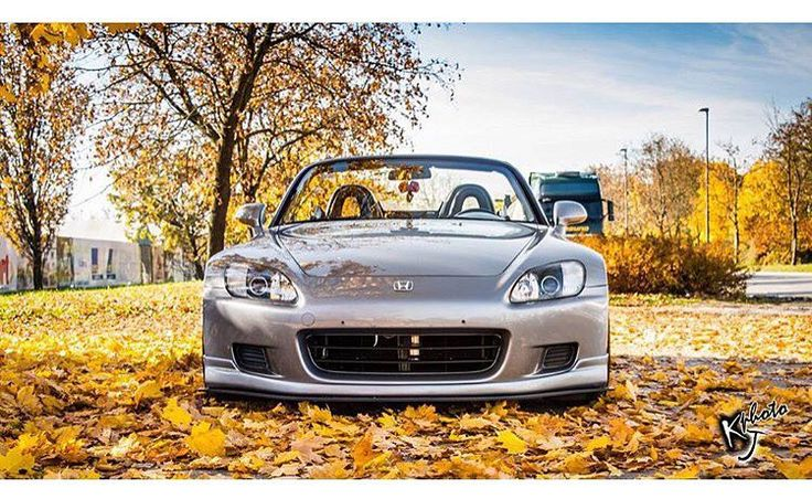 @sarabarlic such a sight! #s2000 #honda #vtec #oem #jdm #s2k_socal ------------------------------------ Tag or email us to be featured on our page follow for more meets pics and videos on our s2k Cali community @s2k_socal by s2k_socal