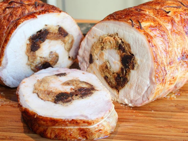 Lombo de porco recheado (Stuffed Pork Loin)