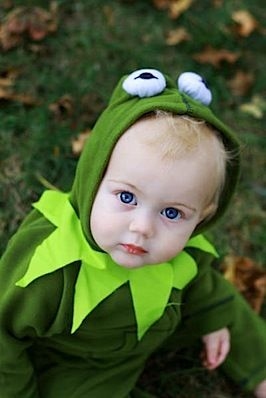 Kermit Halloween Costume...just add a collar and eyes to a green jogging suit! For boy OR girl! So simple...