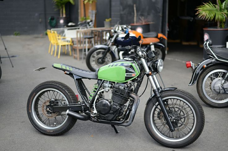 ellaspede custom bike shop xr600 check out the story at. Black Bedroom Furniture Sets. Home Design Ideas