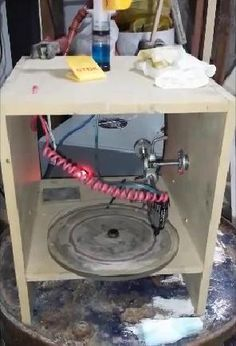 Engineer Creates a Unique 3D Metal Printer for Just $2 — Prints in Gold, Platinum, Iron & More http://3dprint.com/47065/argentinian-3d-metal-printer/