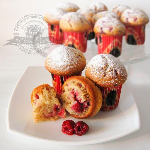 Muffinki malinowe   Świat Ciasta
