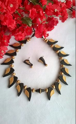 Black & Gold Leaf Terracotta Jewelry set – TRADENIMBO