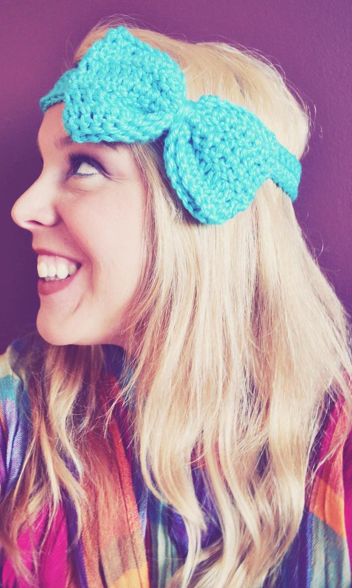 DIY: crochet bow headband (free pattern)