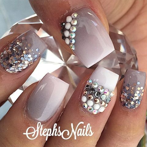 6 weeks ago#flashbackfriday #taupe#white#greyglittermix#love#diamonds#cutenails#stephsnails#trendsetter#lodinails#taupenails#notpolish#flawlous#acrylicombre#prettynails#stephset