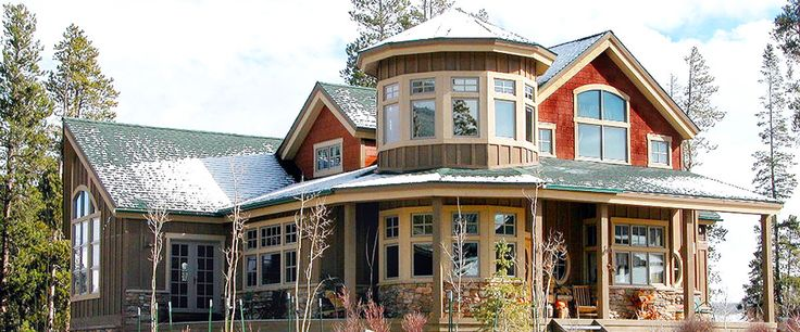 144 best images about victorian exterior interior on pinterest for Custom victorian homes