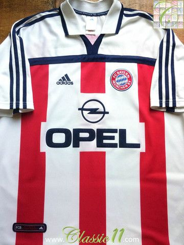 Relive Bayern Munich's 2000/2001 season with this vintage Adidas away football shirt.