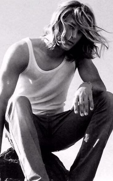 A young Travis Fimmel as Noah.Yeah, I think so.