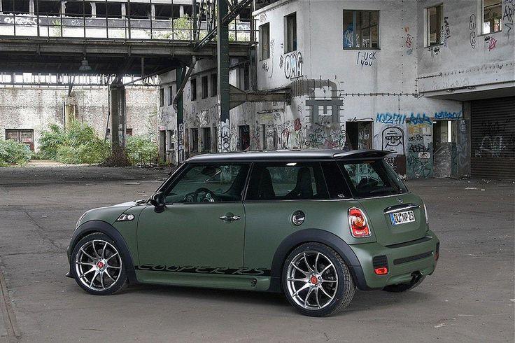 Mini Cooper military green