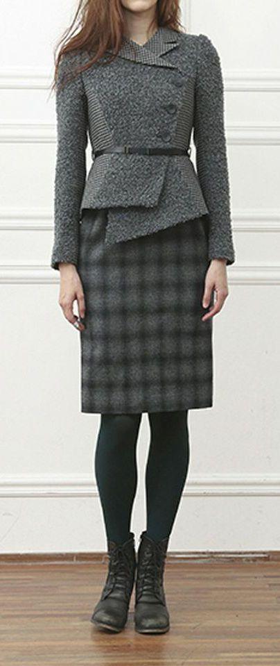 Kinda loving this jacket! ... Schumann Komplette Classic Suit-Dress Dark Grey