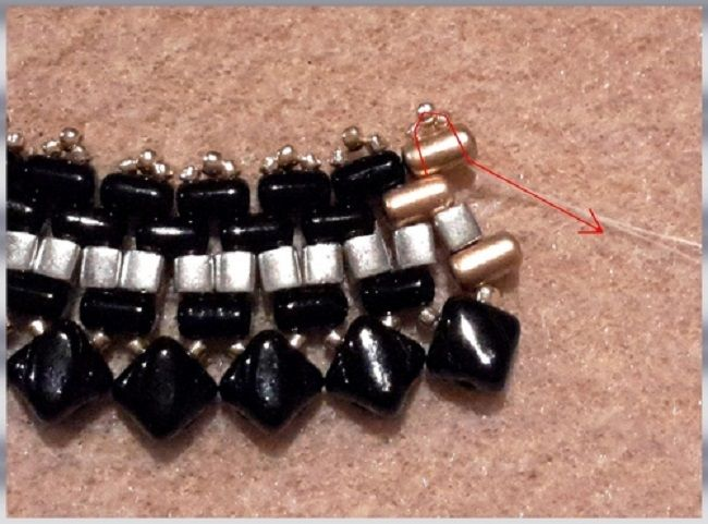 collar-oro-negro-perla de vidrio-rullas-tops-sedoso-bead-espíritu-13