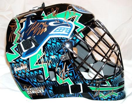 Vancouver Canucks NHL Goalie Mask, Helmet