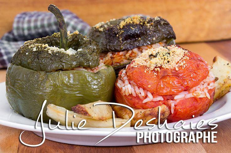 Farcis ! Poivrons et tomates farcis la recette ici ! #stuffed #farcis #pepper #poivron #piment #tomate #food #recette #cuisine #riz