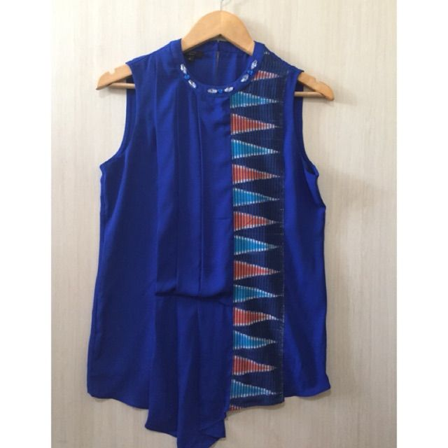Temukan dan dapatkan Atasan/blouse tenun ikat  hanya Rp 79.200 di Shopee sekarang juga! http://shopee.co.id/imanggoethnic/48726068 #ShopeeID