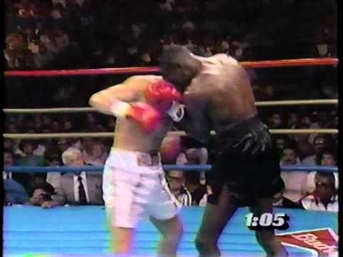 Julio Cesar Chavez vs Roger Mayweather - YouTube
