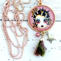 Collier vintage tattoo colori or rose, breloques