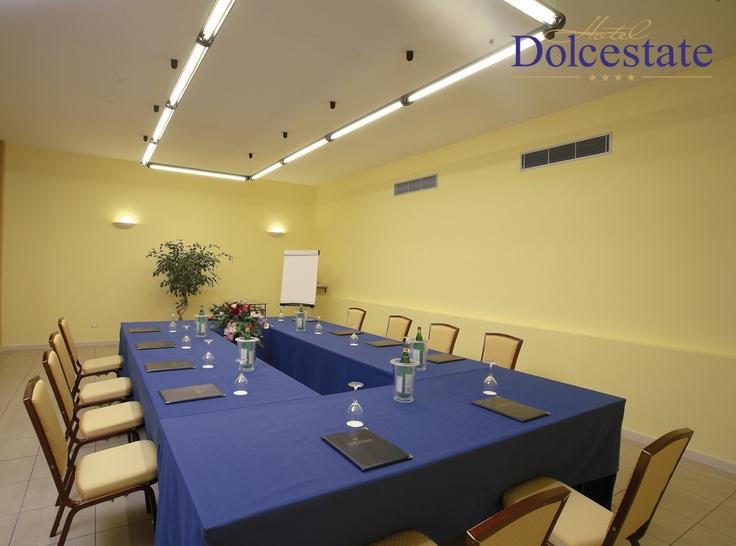 Sala congressi ed eventi aziendali presso Dolcestate Hotel a Campofelice di Roccella (Pa) #eventi #palermo #sicilia #cefalu #italia #corporate #business