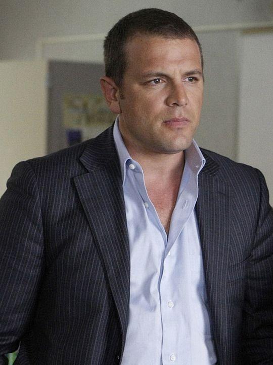Medium (TV show) David Cubitt as Detective Lee Scanlon