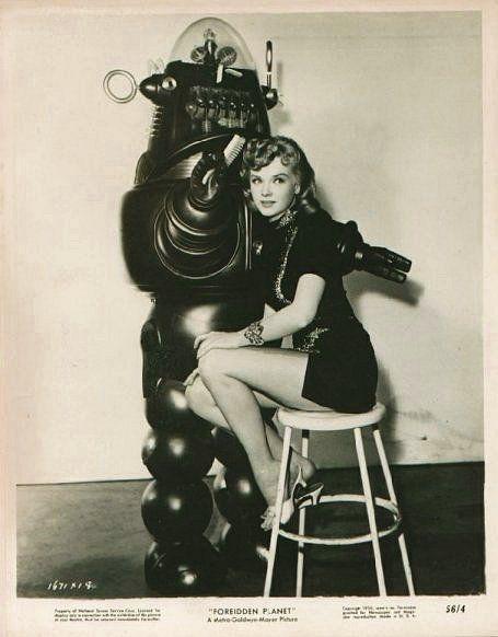 Des femmes et des robots vintages vintage femme pinup robot 07 photo histoire