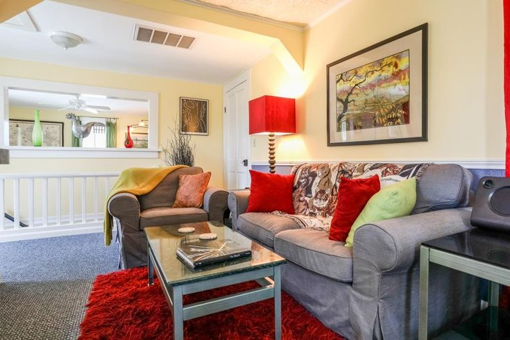 Cyclismo- Suite 2 is a 1 bedroom/ 1 bath accommodation that is located just 2 blocks south of Main Street. You'll love the private balcony. #fredericksburg #texas #tx #guesthouse #beautiful #comfortable #bright #airy #livingroom #livingarea