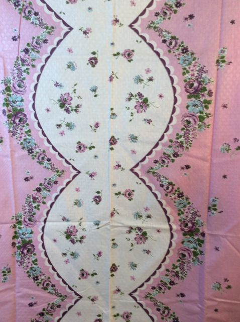 Delightful VTG Floral Purple Roses Border Ready To Finish Tablecloth Fabric Scallop  Cotton