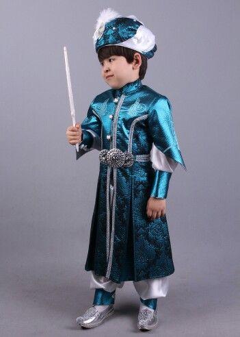 Osmanlı tuğra tukuaz şehzade sünnet kıyafeti 0212 909 32 31 www.sunnetcarsisi.com/sehzade-sunnet-kiyafetleri