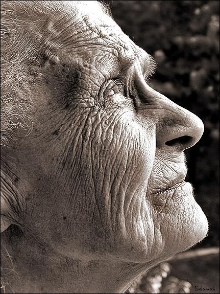 Every line, every wrinkle, every valley tells a story of struggles, challenges, sorrows, and also victories and triumphs. This is how I want to age. This is true beauty.