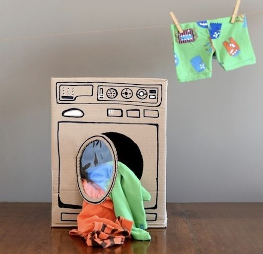 DIY cardboard box toy washing machine by Estefi Machado | Cool Mom Picks