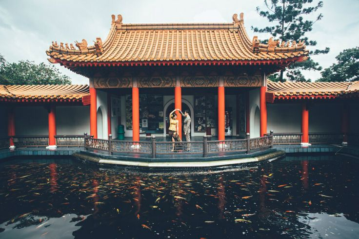 Back to 1920 chinese garden singapore prewedding at ferry tjoe photography