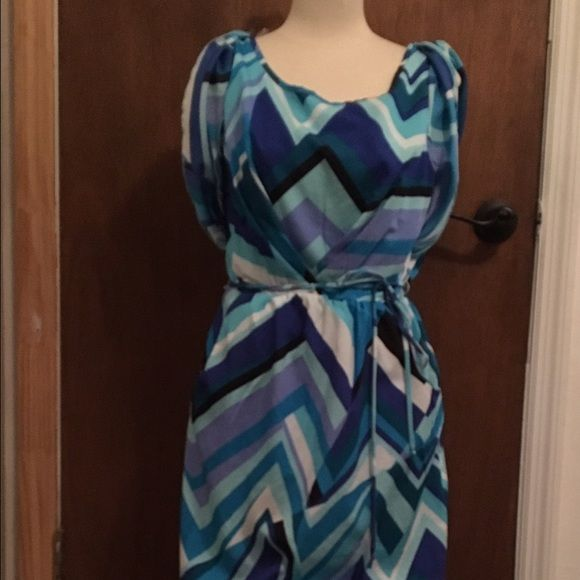 Multi Blue Chevron Dress Short Chevron dress. Multi shades of blue grapes dress for lunch out with the girls or summer date night! Cute open sleeves and pockets! I love pockets on a dress!! Ruby Rox Dresses Mini