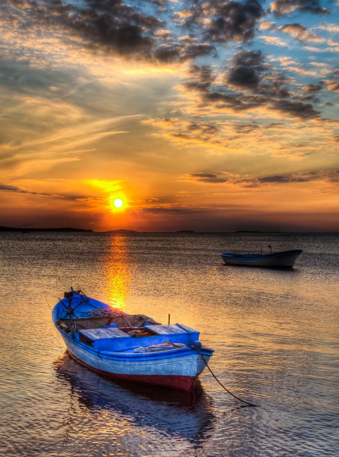 Stunning sunset. In Izmir, #Turkey by Nejdet Duzen on http://500px.com/photo/11874639
