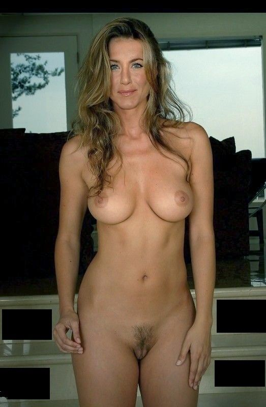 aniston Fake nude real jennifer