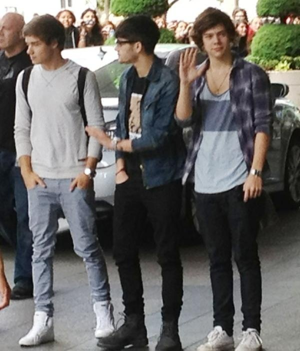 toronto :) liam is doing a very justin bieber pose. it works.