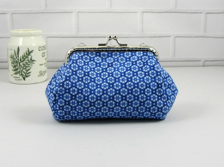 Coin purse, clasp pouch, blue cotton purse, handmade purse,  clutch purse, change purse, kiss lock purse by JRsbags on Etsy