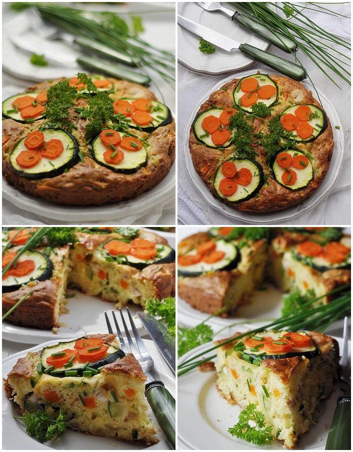 Wytrawny placek z kurczakiem i warzywami. Dzisiaj serwuję na obiad placek wytrawny na jogurcie, z kurczakiem z rosołu, gotowaną marchewką i cukinią. To danie jest swojską alternatywą dla włoskiej pizzy, czy francuskiej tarty. Placek jest inny, ale bardzo smaczny, sycący, … Czytaj dalej →