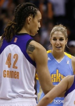 PHOENIX –  Elena Della Donne outplayed double-dunking Brittney Griner and had the third-best rookie debut in WNBA history, scoring 22 points to lead the Chicago Sky to a 102-80 victory over the Phoenix Mercury on Monday.