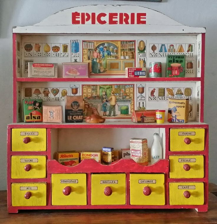 Tracy's Toys (and Some Other Stuff): Miniature French Dollhouse Shops: the Epicerie