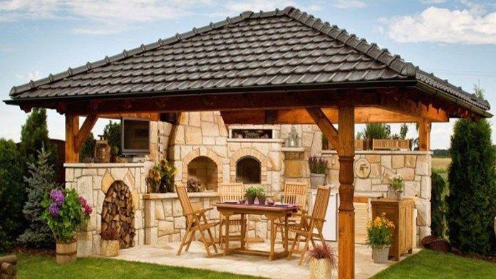 Varenie vonku je deň odo dňa populárnejšie a obľúbenejšie. Praskajúci oheň, prítmie, sviečky, mäkké vankúše, útulné záhradné posedenie, pohár dobrého vína, správne okorenené a upečené mäso, hudba a…