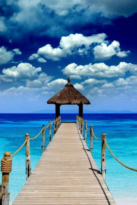 The place I want to have wedding is Tahiti.It's paradise.