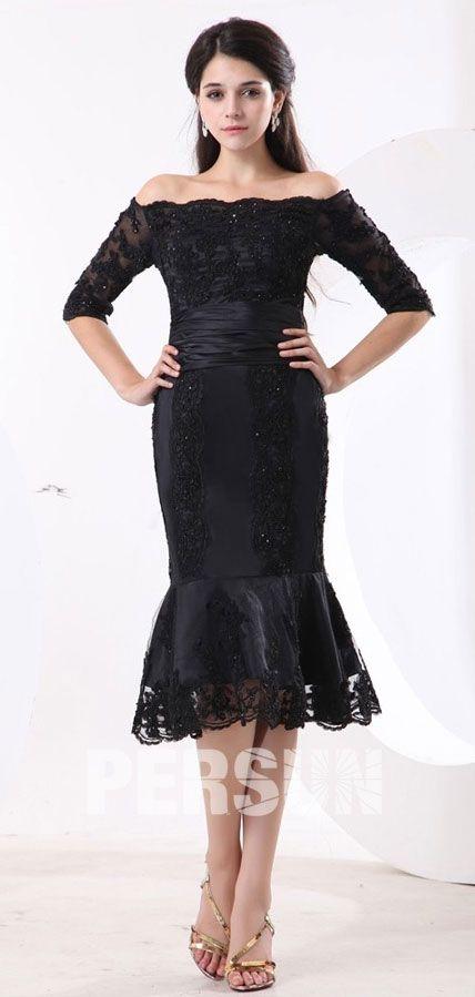 68536513444b Petite robe noire de mère de mariée sirène aux dentelles ornée de ...