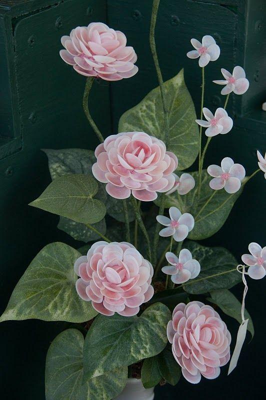 111 Best Shell Flowers Images On Pinterest Shell Art