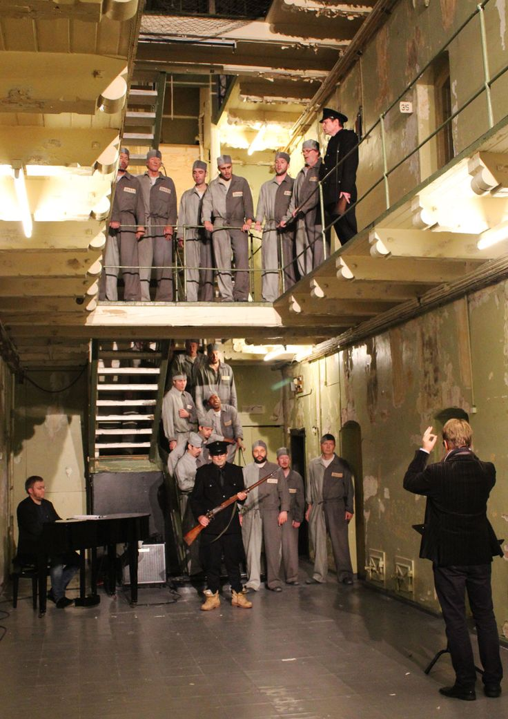 The Prisoners' Chorus from Beethoven's Fidelio. Performed in Bergen's Old Prison (2013).