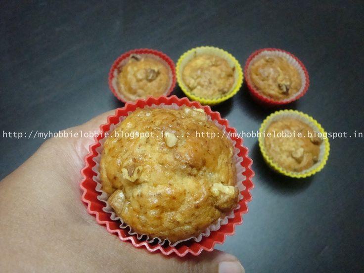 Mini Banana Walnut Muffins - Eggless recipe