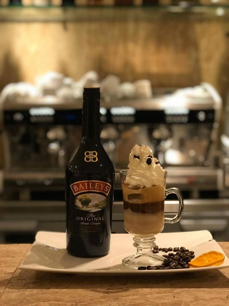 Try Buondi coffee (cold )with Baileys at Theion Bar ;;