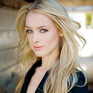Rachel Skarsten: Lost Girl's Latest Supernatural Citizen - http://www.readersdigest.ca/magazine/rd-recommends/rachel-skarsten-lost-girls-latest-supernatural-citizen