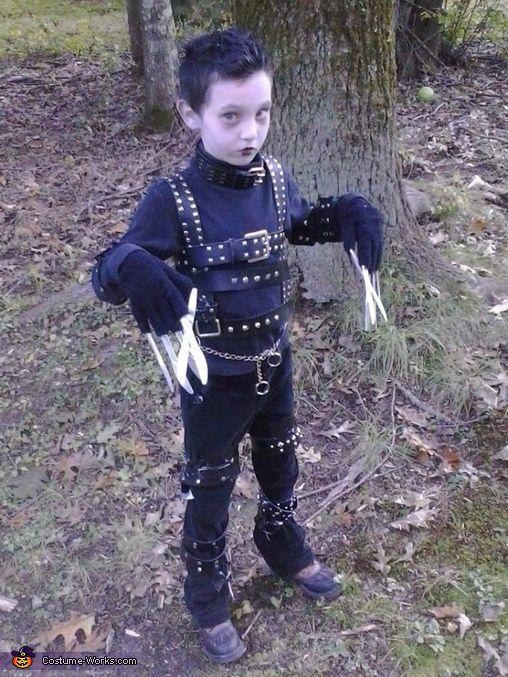 Edward Scissorhands Costume | Homemade, Halloween costumes ...