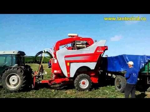 LANTEC - Mai mult decât horticultură - Combina de recoltat struguri - YouTube
